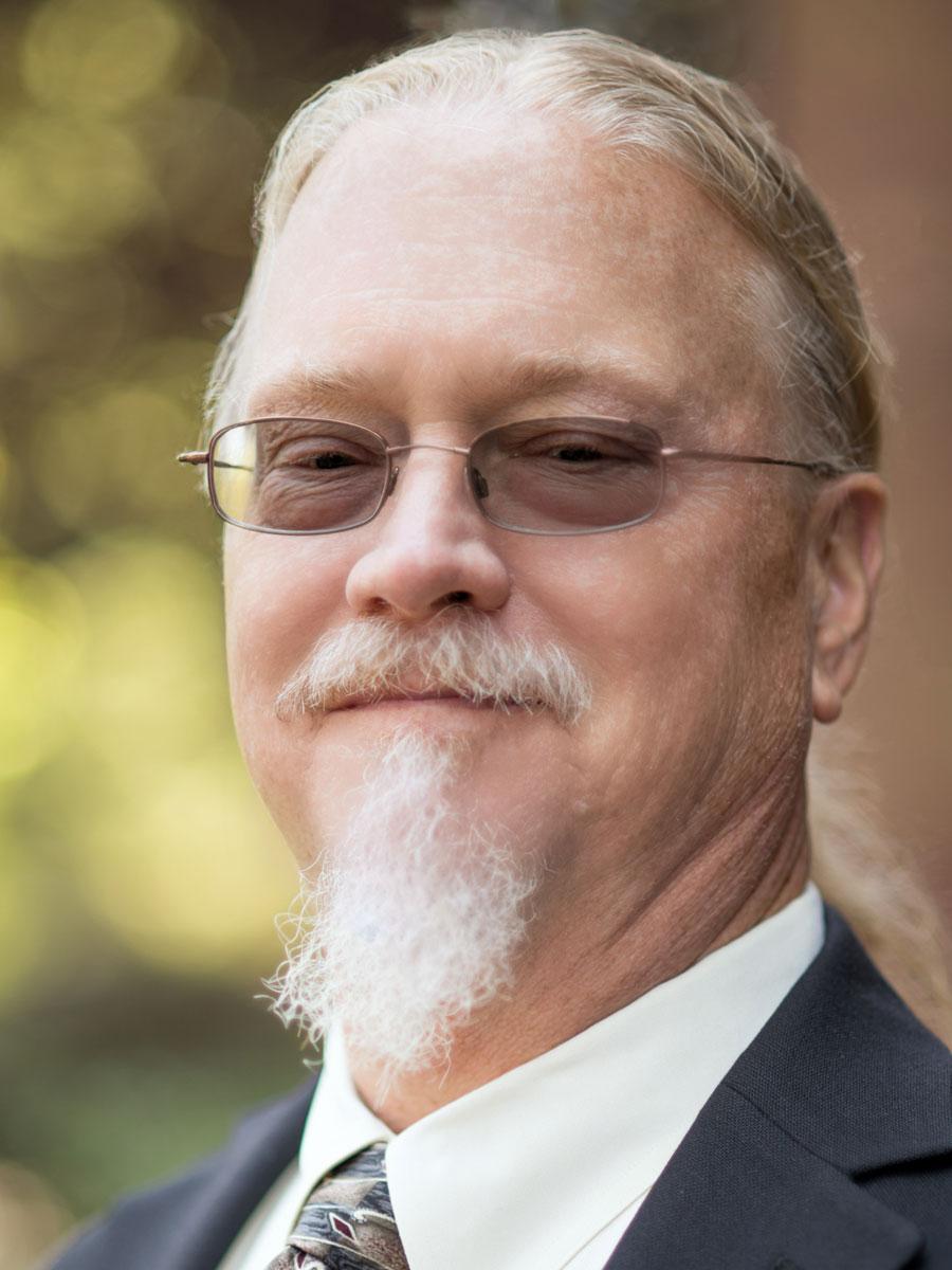 Warren Waskiewicz headshot
